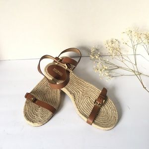 SOLD! SOLD! Sold. MK Leather and Gold sandals.